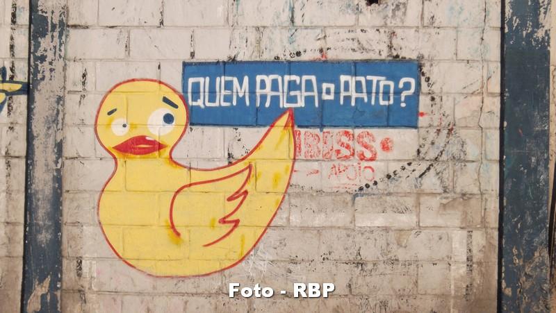 Quem Paga o Pato